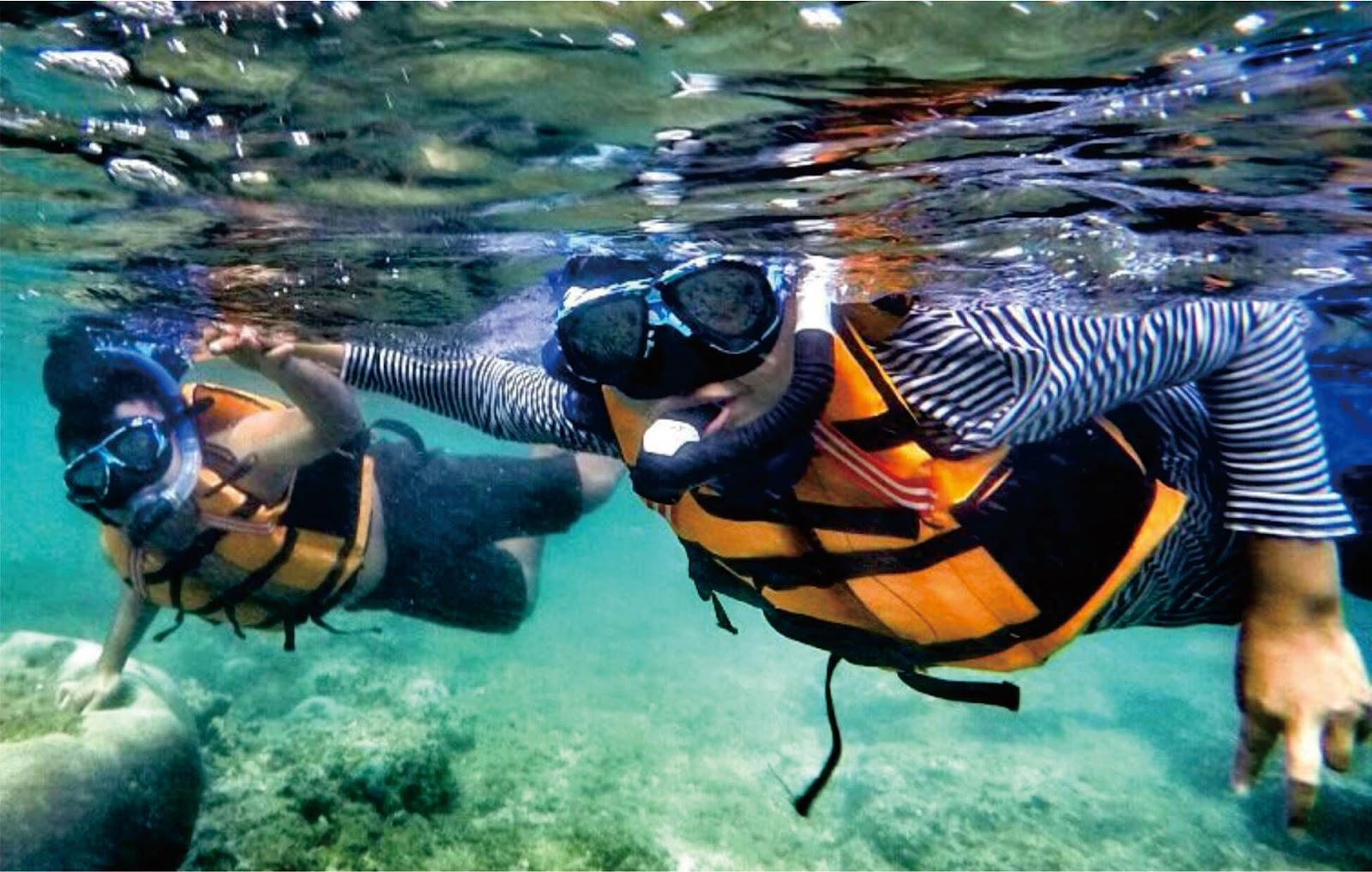 Menyelam Di Pantai Nglambor Yogyakarta Jamelatour 081578781230
